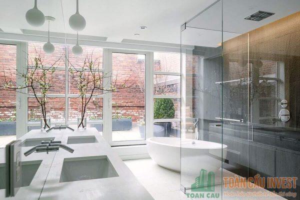 Vách kính nhà tắm - Nhà thầu thi công nhôm kính Toàn Cầu Invest