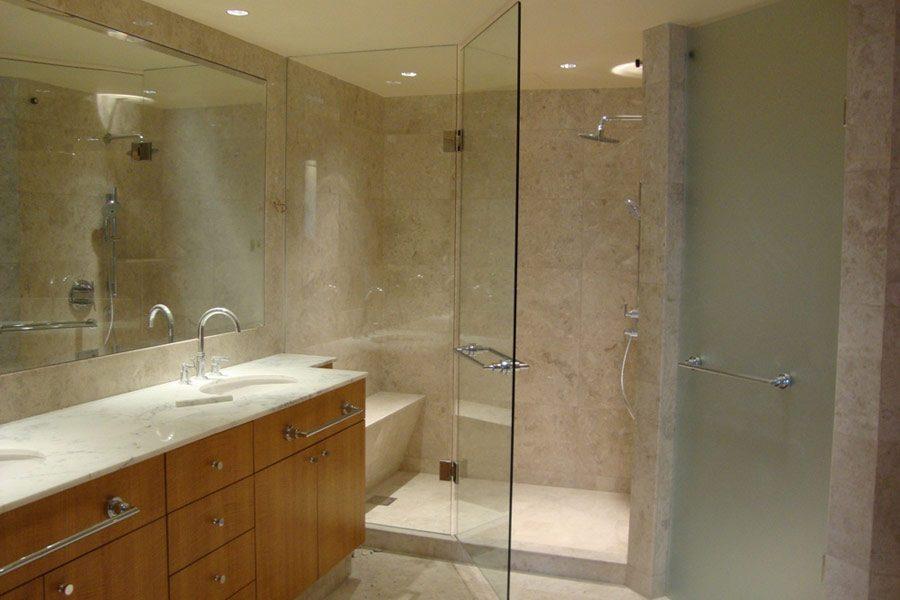 Vách phòng tắm