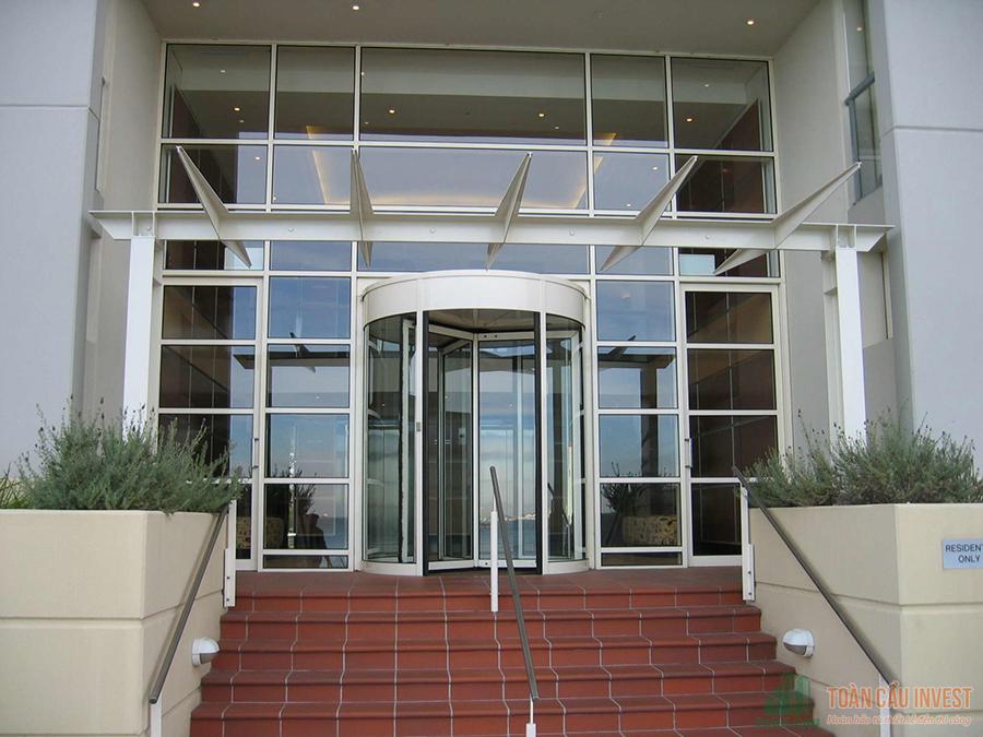 Toàn Cầu Invest Top 10 Nhà thầu thi công Cửa kính tự động uy tín chất lượng