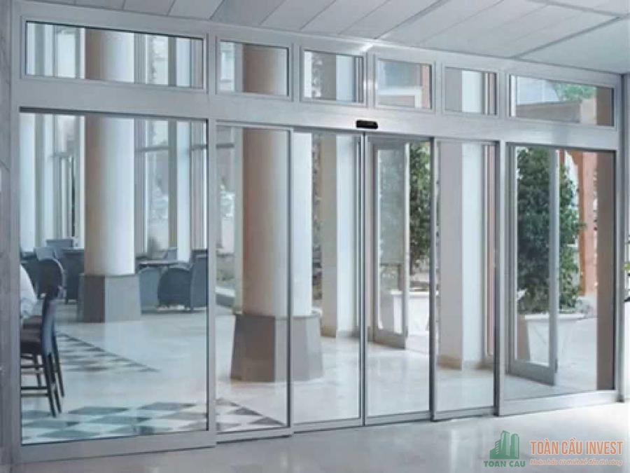 Toancauinvest Nhà thầu thi công  Cửa kính tự động uy tín chất lượng