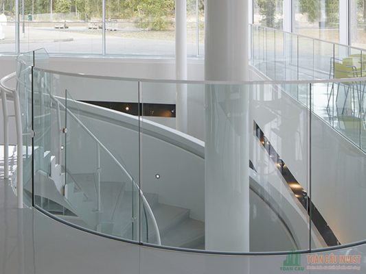 Tempered glass handrails