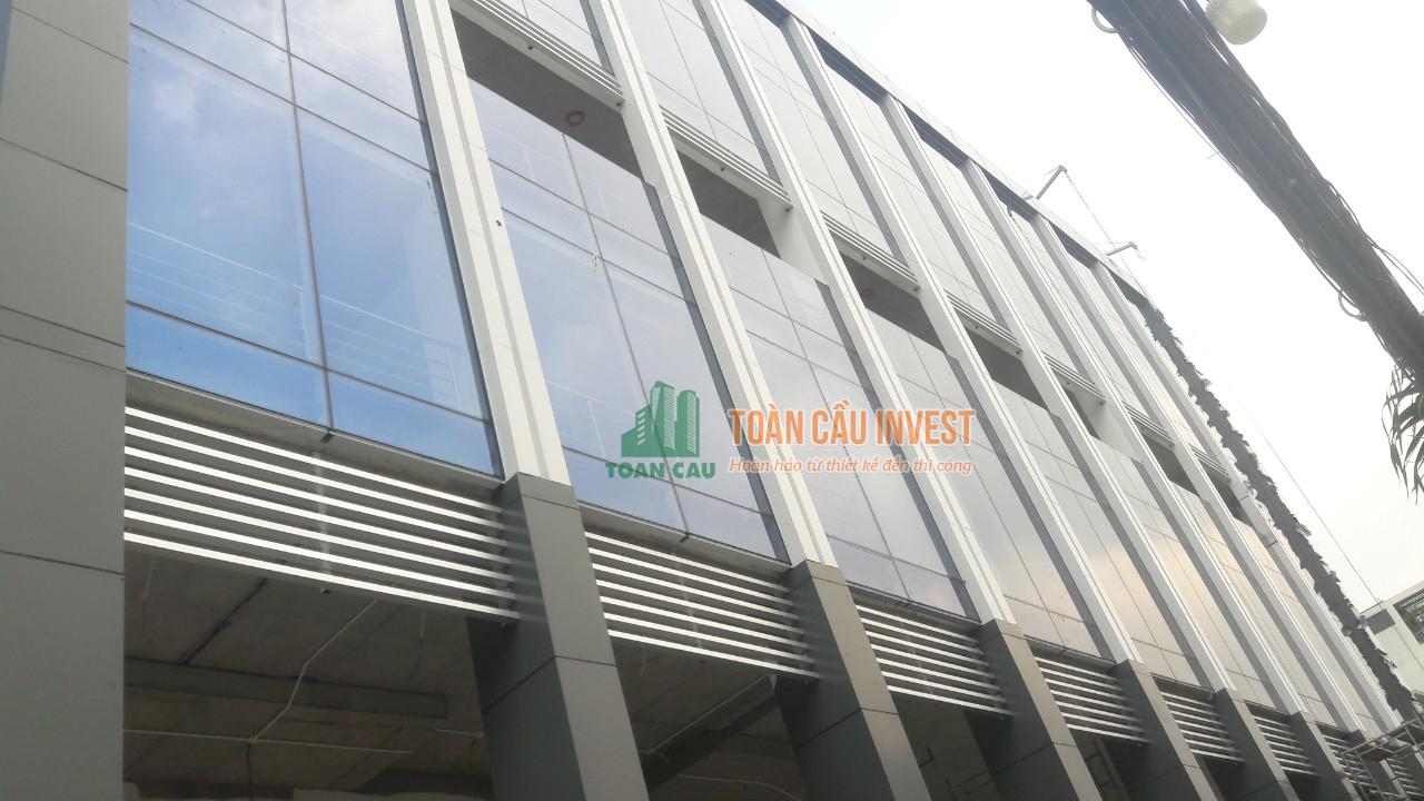 Thi công nhôm kính cho cao ốc văn phòng Vitaco