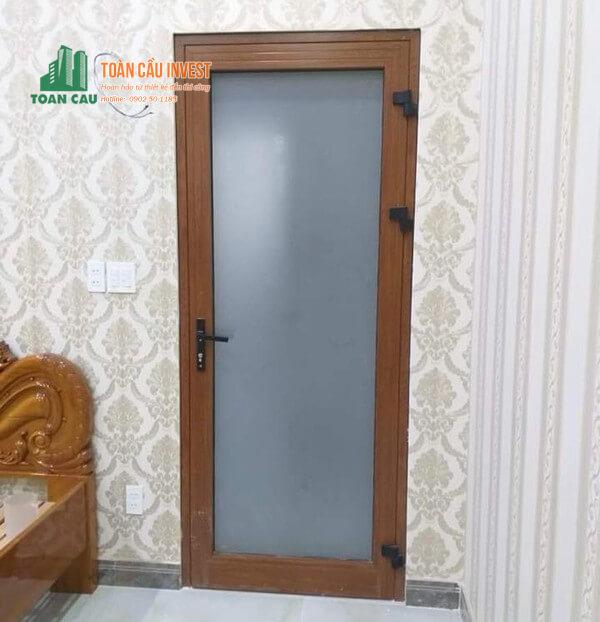 Mẫu cửa nhôm giả gỗ Xingfa kính mờ