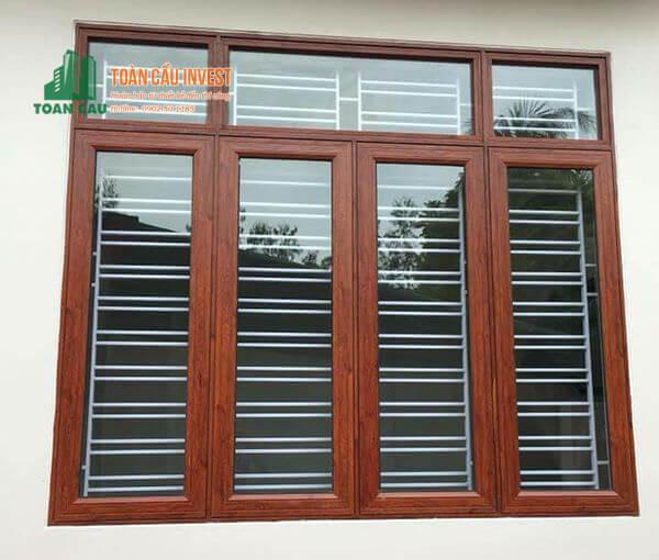Mẫu cửa sổ nhôm kính 4 cánh giả gỗ