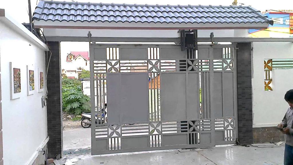 Mẫu cổng sắt cửa mở lùa đẹp