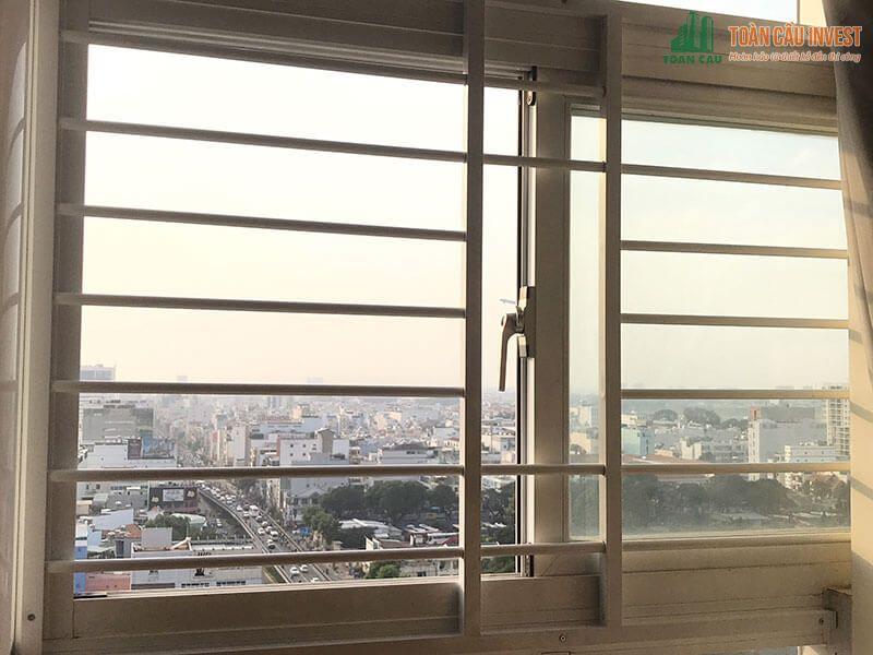 Mẫu khung sắt bảo vệ cửa sổ thanh ngang