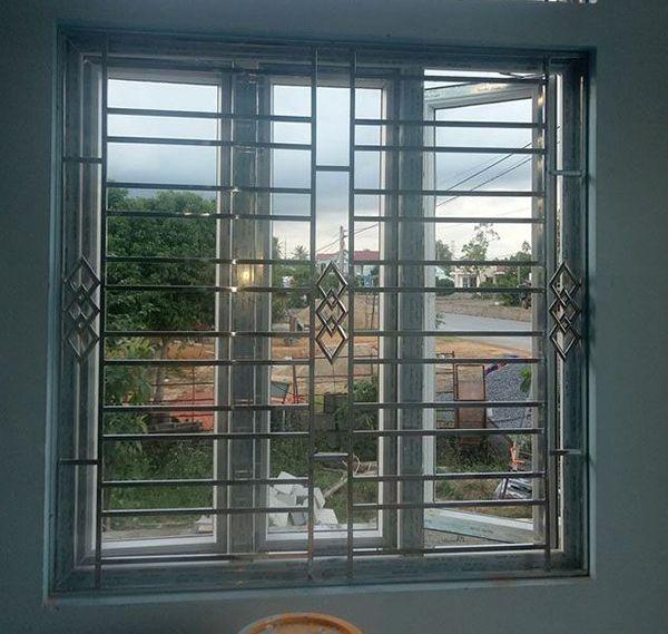 Mẫu song cửa sổ inox đẹp