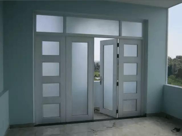 Mẫu cửa nhôm Xingfa 4 cánh chia ô