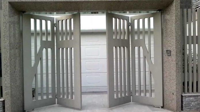 Kích thước lỗ ban cửa cổng 4 cánh cân bằng